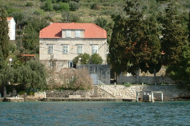 CAPTAIN'S HOUSE BY THE SEA IN KUČIŠTE,PELJEŠAC PENINSULA