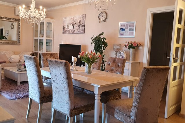GORGEOUS SHABBY CHIC APARTMENT , IN STROŽANAC , NEAR THE CITY OF SPLIT