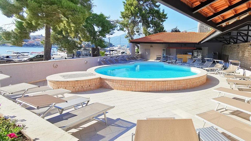 Hotel, 2500 m2, Verkauf, Lumbarda