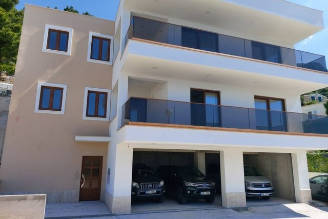 Hiša, 360 m2, Prodaja, Omiš - Pisak
