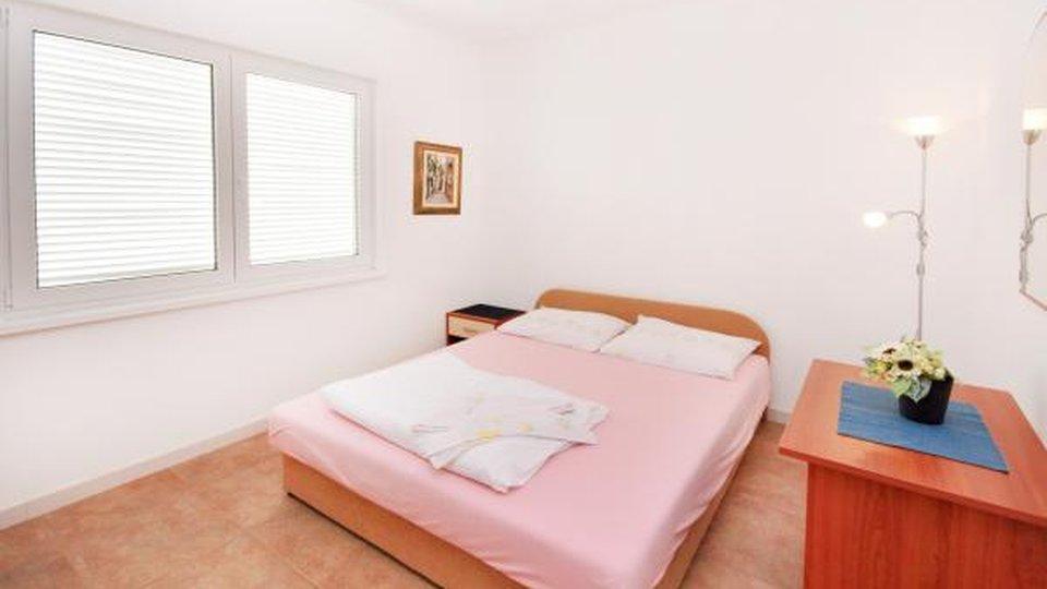 Hiša, 300 m2, Prodaja, Omiš