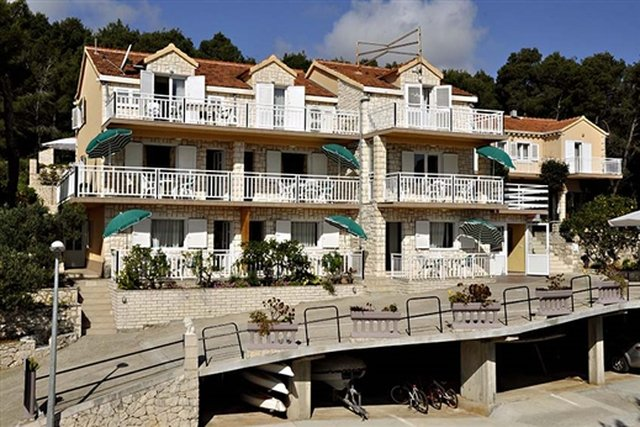 BEAUTIFUL APARTMENT HOUSE ON KORČULA ISLAND, WITH OPEN SEA VIEW