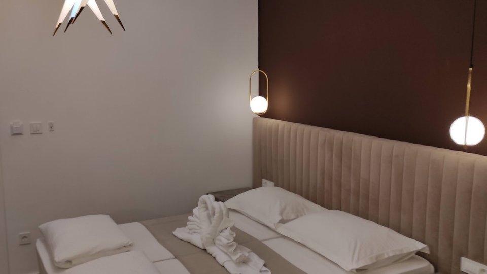 HOTEL SA 13 LUKSUZNO OPREMLJENIH SOBA, U CENTRU SPLITA