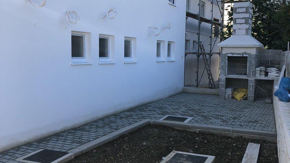 NEW MODERN RESIDENTIAL BUILDING ON CIOVO!