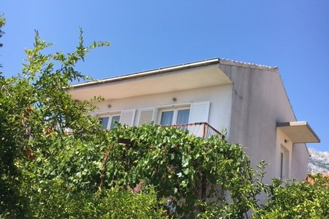 HOUSE IN OREBIĆ, ONLY 5 MINUTES WALK TO THE BEACH