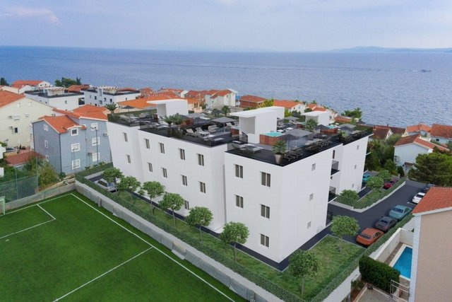 APARTMENTS IN A BUILDING UNDER CONSTRUCTION  WITH SEA VIEW