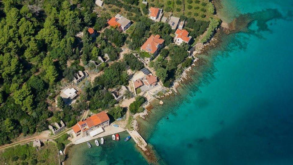 Beachfront stone villa in Starigrad, on paradise island of Hvar!