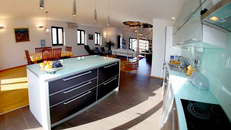 Villa erste Reihe zum Meer, Povlja, Insel Brac!