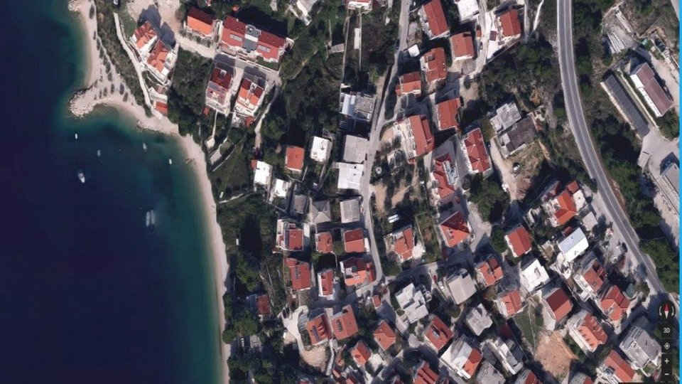 Fantastic seafront land for sale on Omis riviera near beachline - meant for apart-hotel construction!