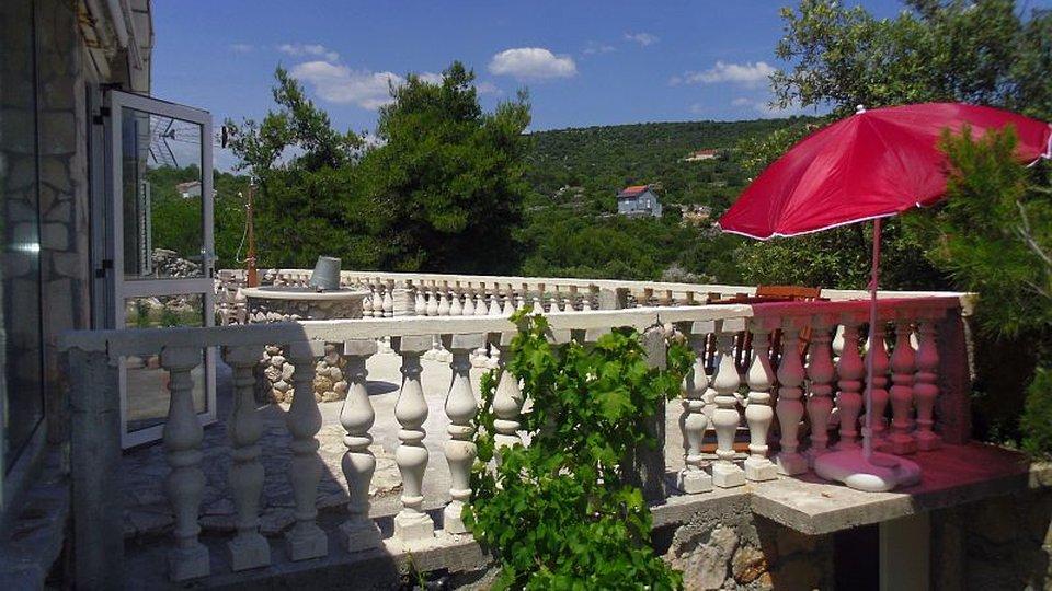House, 100 m2, For Sale, Trogir - Čiovo
