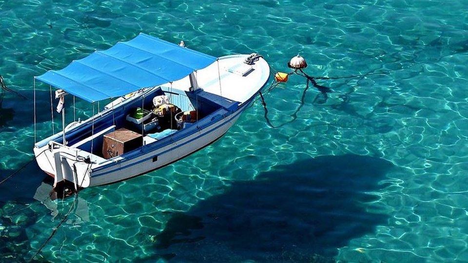 Absolute Privatsphäre - direkt am Meer in einer abgelegenen Bucht mit kristallklarem Wasser!
