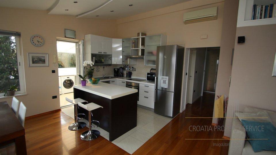 Apartment, 127 m2, For Sale, Split