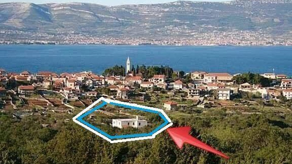 House, 400 m2, For Sale, Trogir - Čiovo
