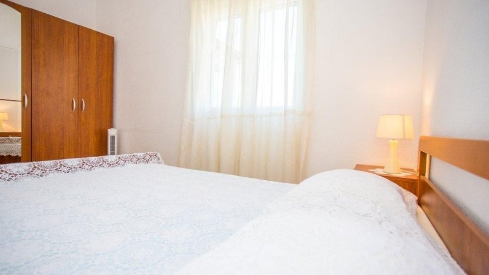 APARTMENT HOUSE LOCATED 100 METERS FROM THE SEA, ČIOVO!