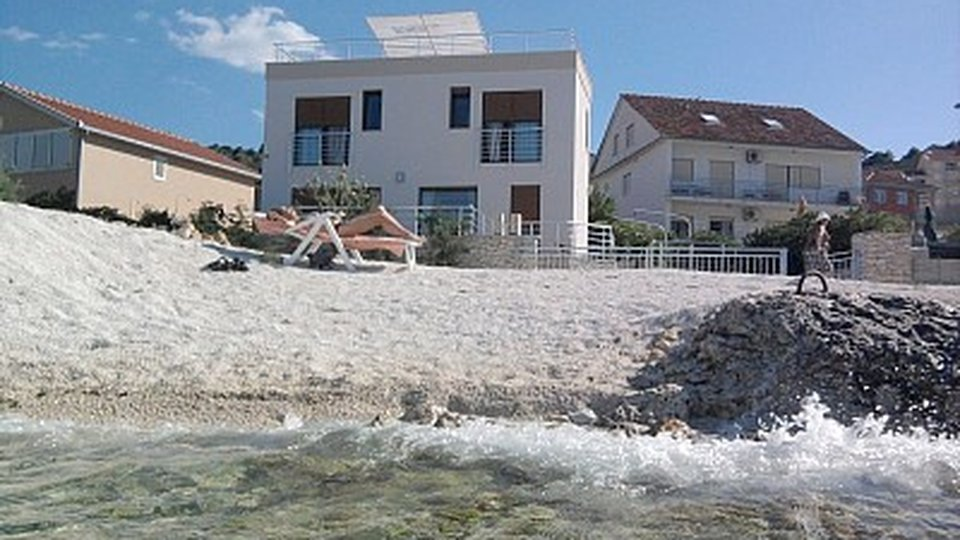 Modern new villa for sale on Ciovo - with swimming pool!