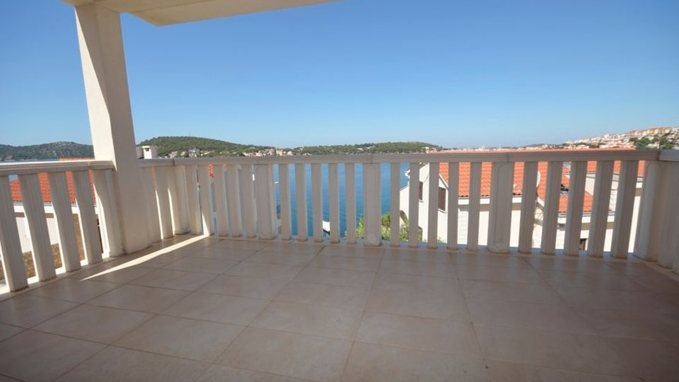 HOUSE WITH OPEN SEAVIEW, 40 METERS AWAY FROM THE SEA, NEAR ROGOZNICA!