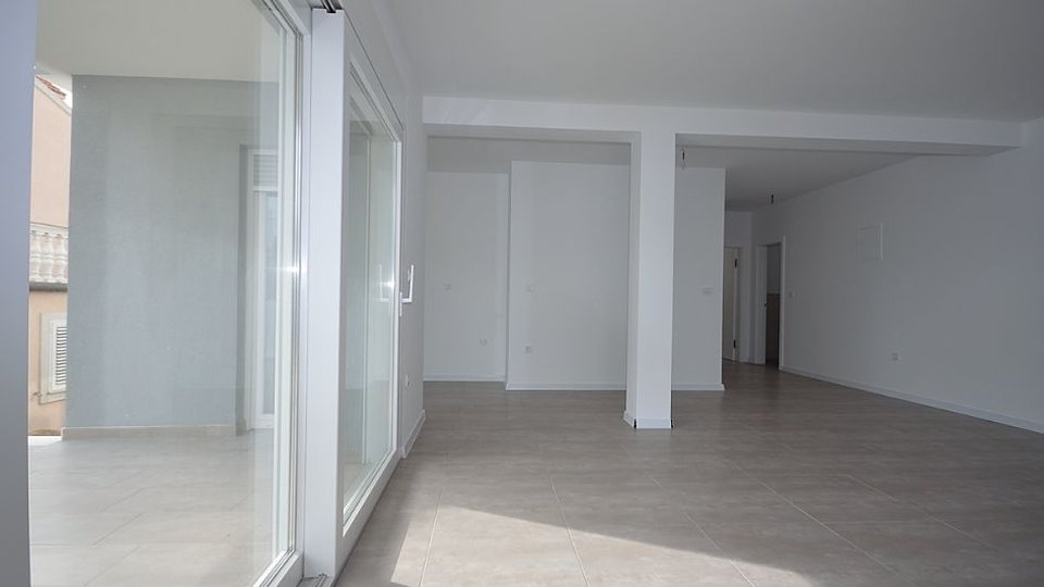 APARTMENT WITH GARDEN IN A NEW BUILDING, VODICE AREA!