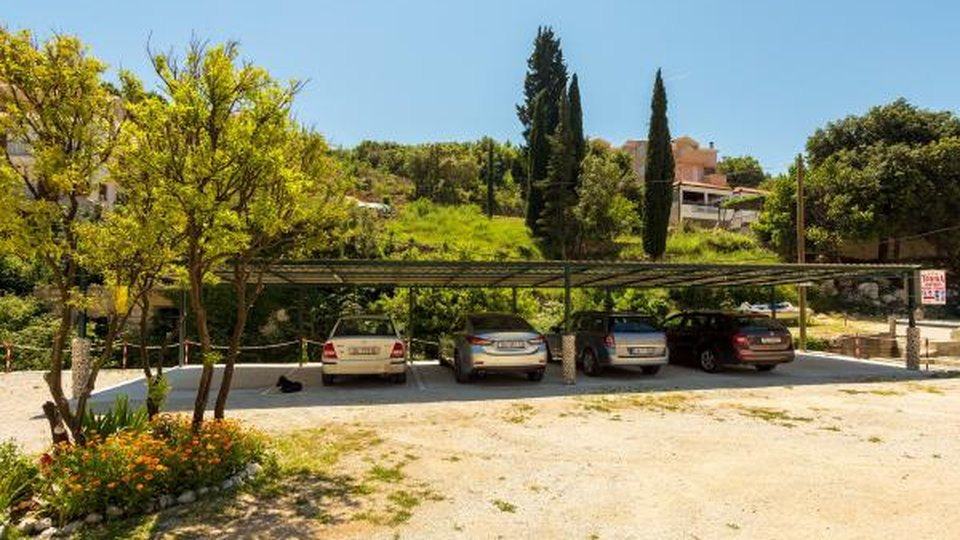 RESIDENTIAL - TOURIST COMPLEX DISTANCED 50 METERS FROM THE BEACH, DUBROVNIK!