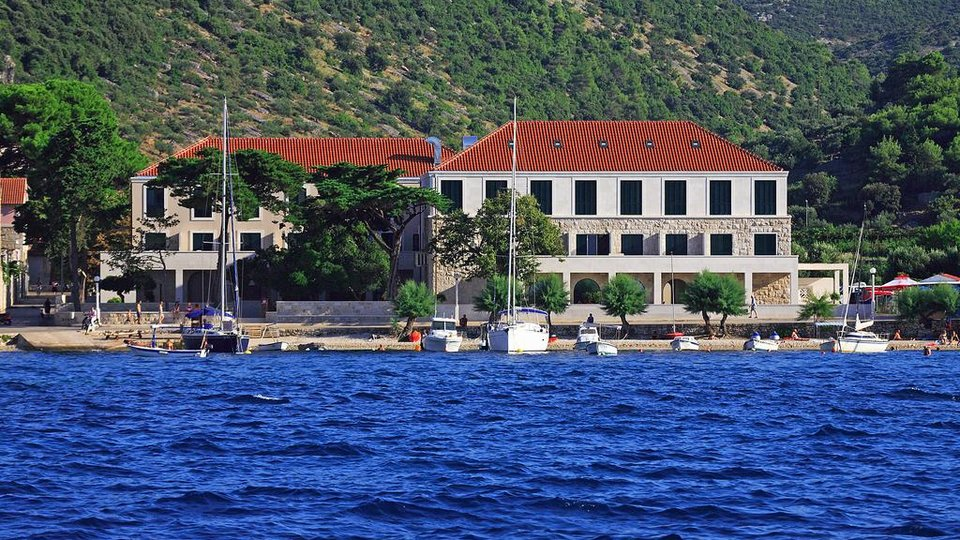 LUXURY HOTEL AT UNIQUE LOCATION UNIQUE FIRST ROW TO THE SEA, ISLAND OF BRAČ!