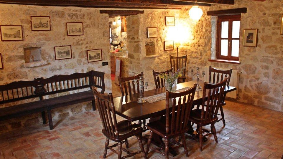 House, 239 m2, For Sale, Poreč