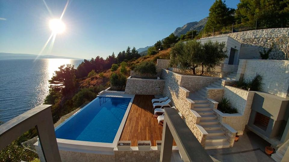 House, 432 m2, For Sale, Omiš