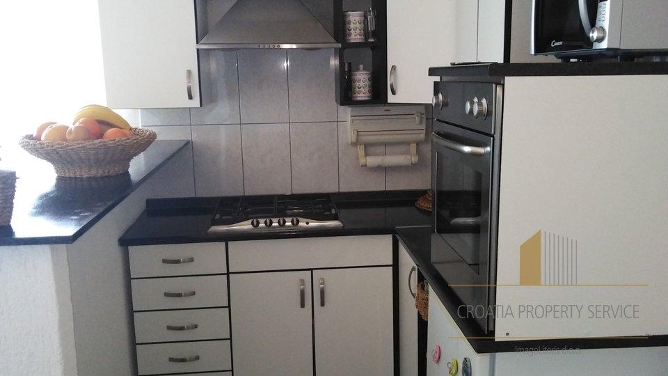 Hiša, 107 m2, Prodaja, Vis