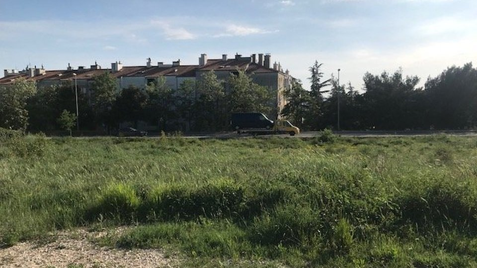 LAND IDEAL FOR BUILDING RESIDENTIAL BUILDING, ZADAR!