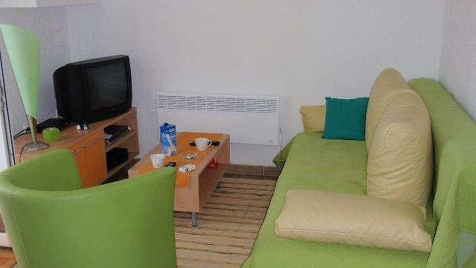 TWO BEDROOM APARTMENT IN THE SUPETAR OF THE ISLAND OF BRAČ!
