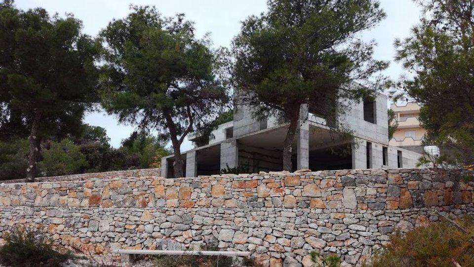 House, 370 m2, For Sale, Marina - Sevid
