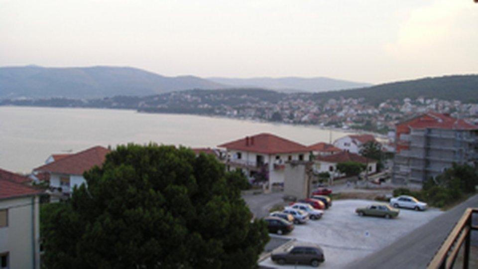 Attractive hotel offering 21 rooms (55 beds) in the area of Ciovo, Trogir!