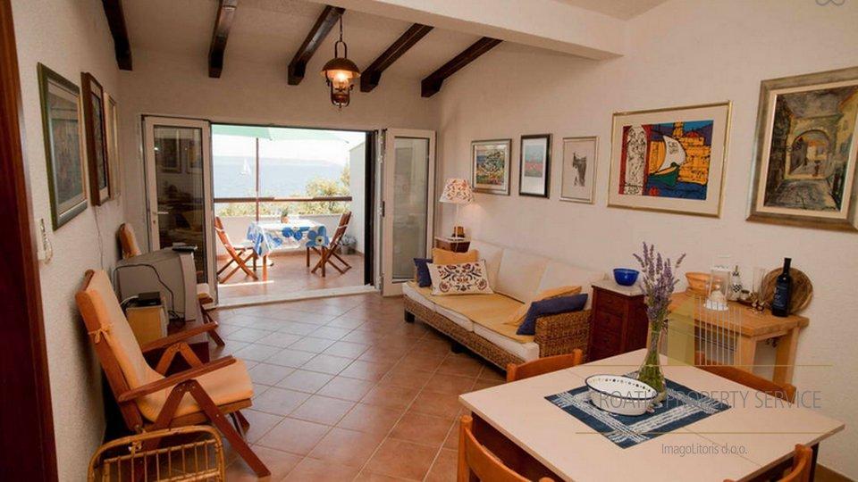 Haus am Strand zum Verkauf in Seget Vranjica, Region Trogir!