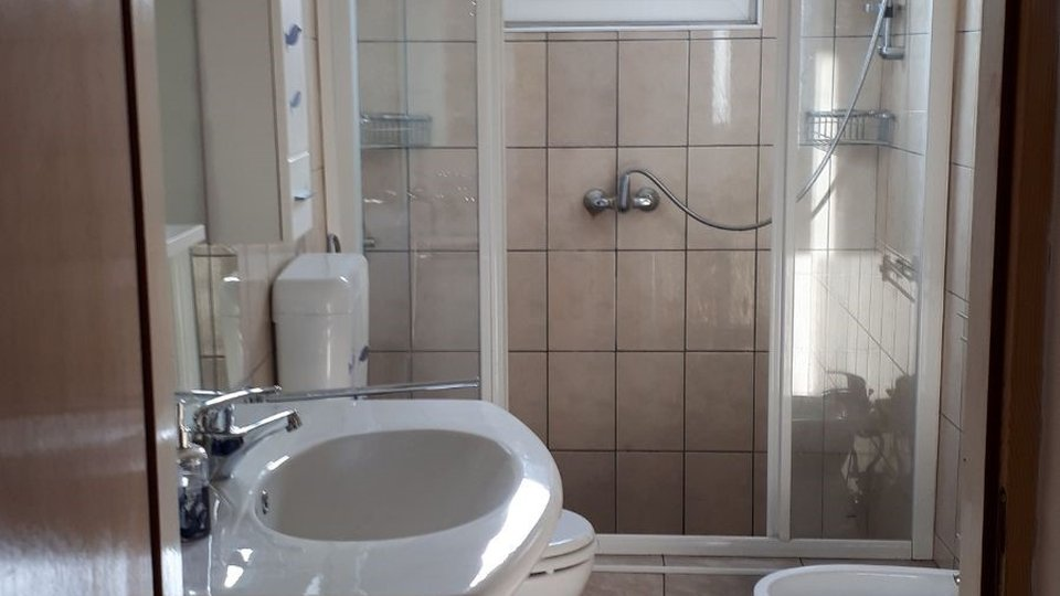 House, 250 m2, For Sale, Murter