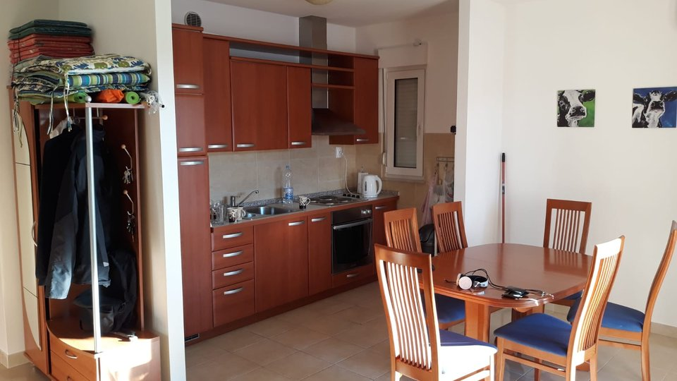 COMPLETELY FURNISHED FLAT IN PLACE SALDUN ON THE ISLAND OF CIOVO!