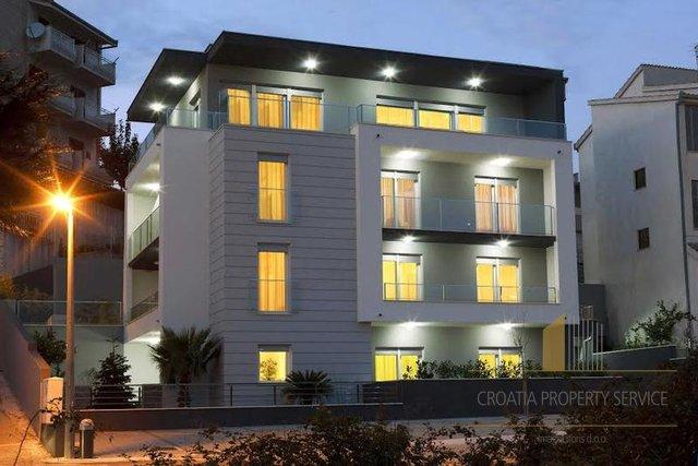 Hotel, 600 m2, For Sale, Podstrana