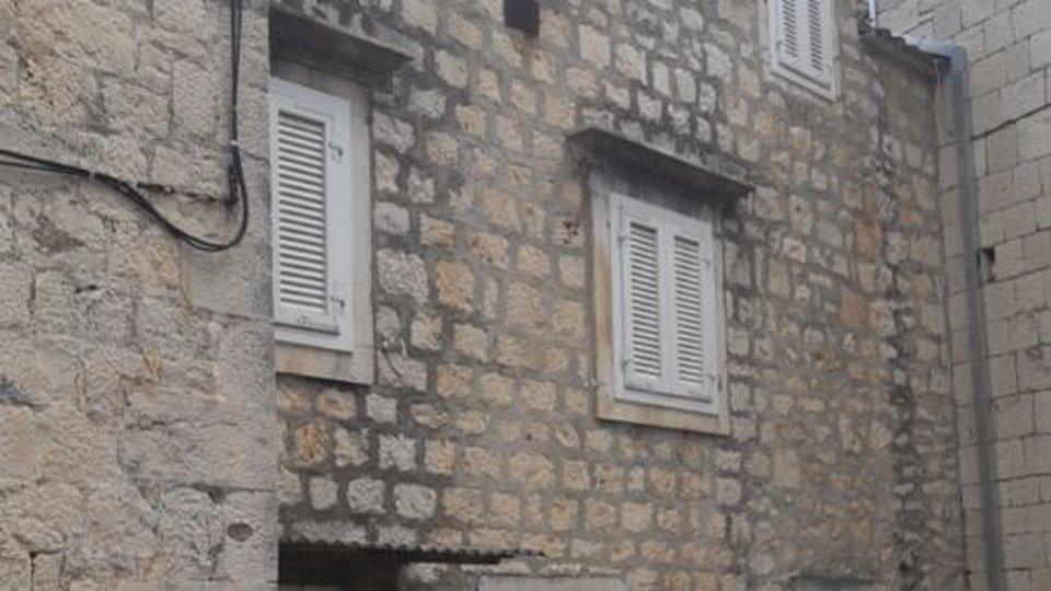 House, 120 m2, For Sale, Trogir