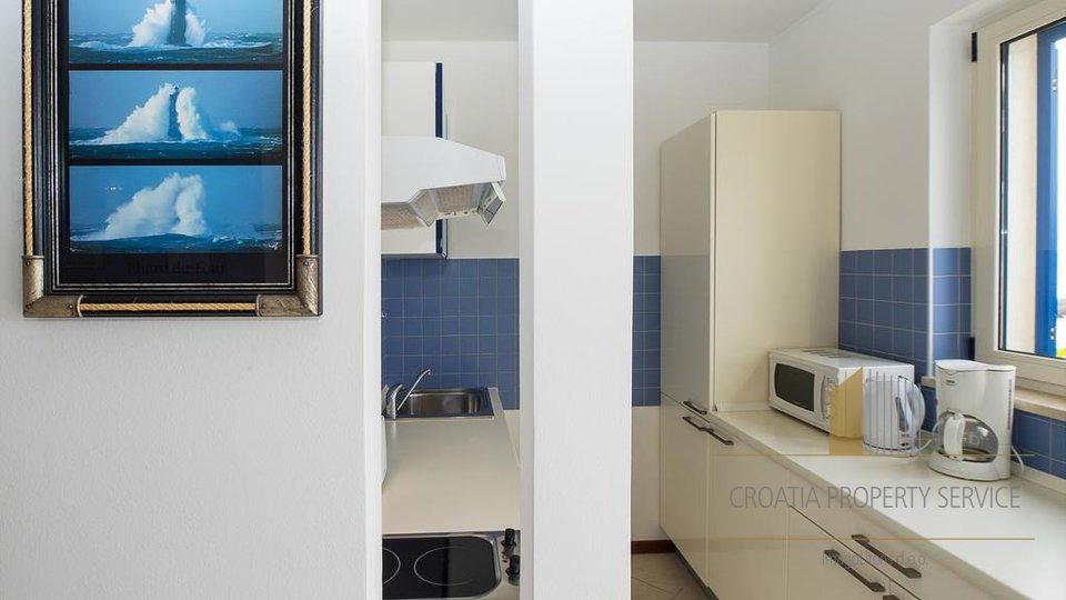 Casa, 230 m2, Vendita, Supetar
