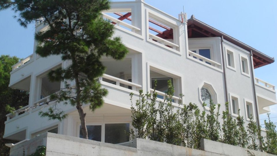 House, 470 m2, For Sale, Sutivan