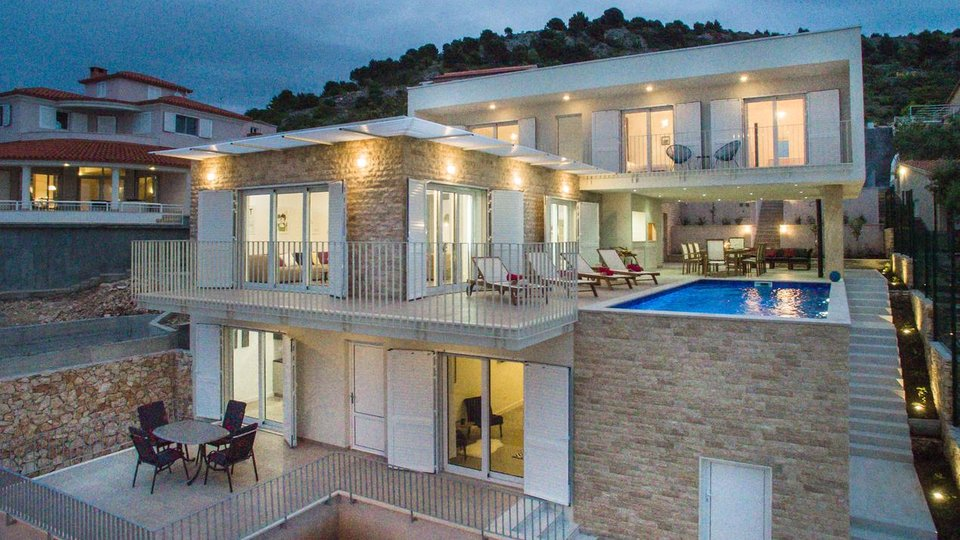 Newly built villa in Rogoznica area with swimming pool, first line to the sea!