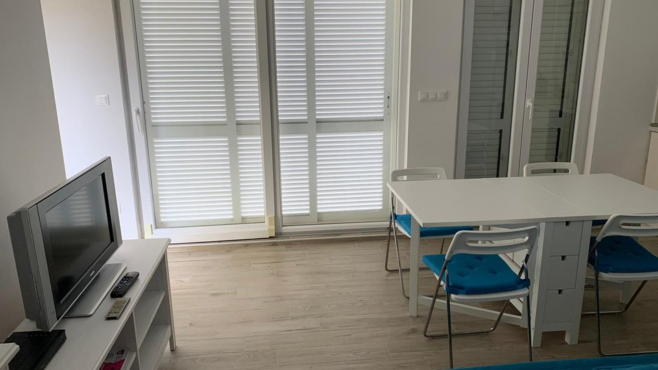 Apartment, 70 m2, For Sale, Šolta