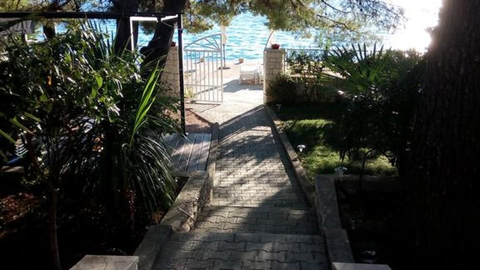 House, 390 m2, For Sale, Šibenik-okolica