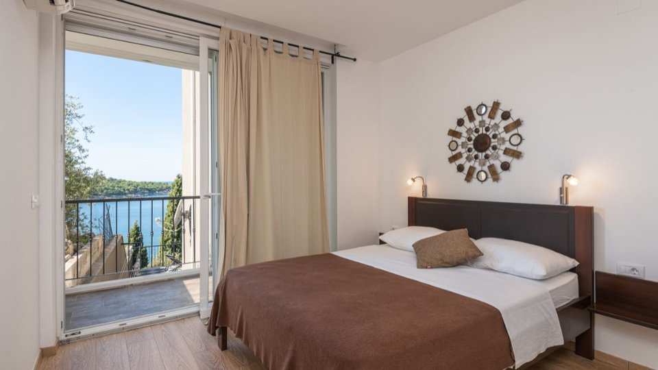 APART-HOTEL WITH PANORAMIC VIEW OF DUBROVNIK BAY!