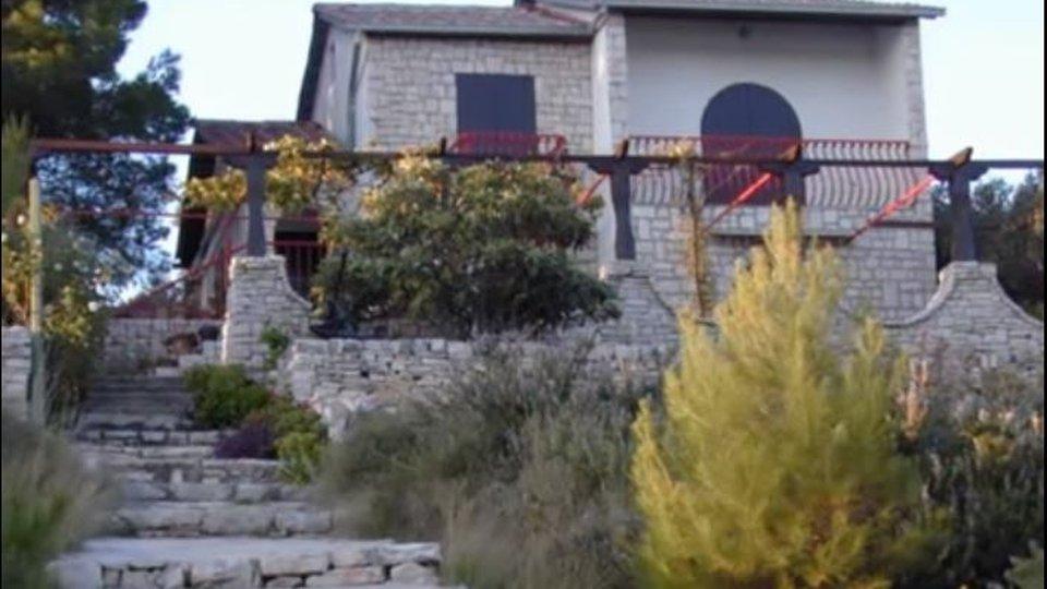 House, 230 m2, For Sale, Šolta