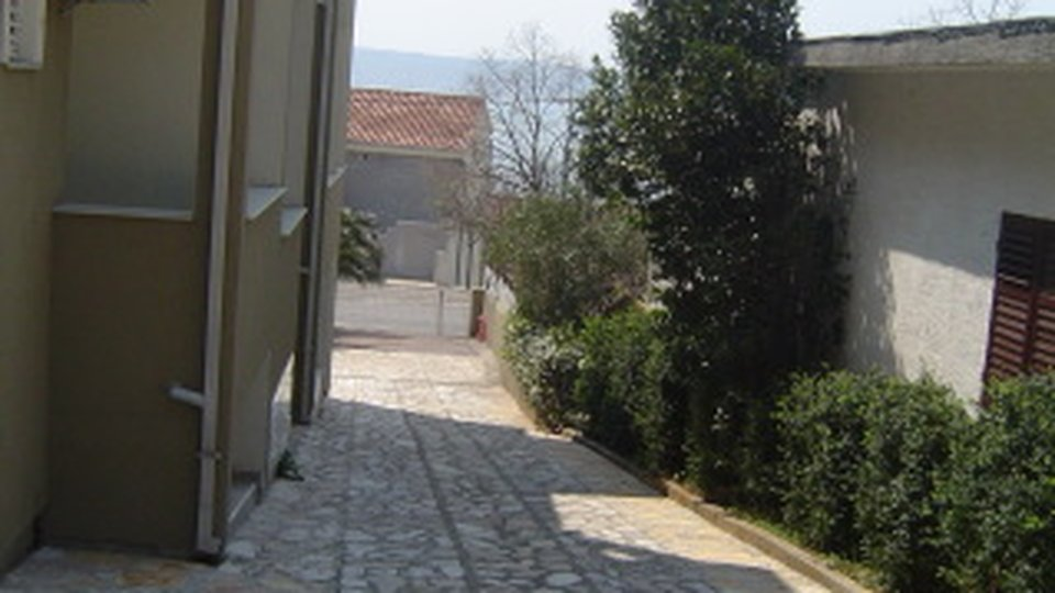 ONE BEDROOM APARTMENT 150 M FROM THE SEA IN STARIGRAD!