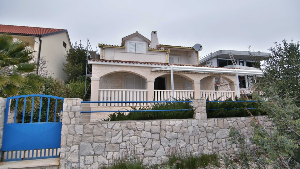 Čiovo, Okrug Gornji, house-villa, 240 m2, FIRST ROW TO THE SEA !!